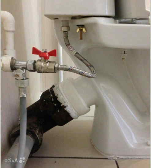 Подключение стиральной машины к бачку унитаза  при помощи тройника